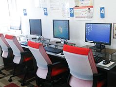 青森の教室内自習用フリースペース